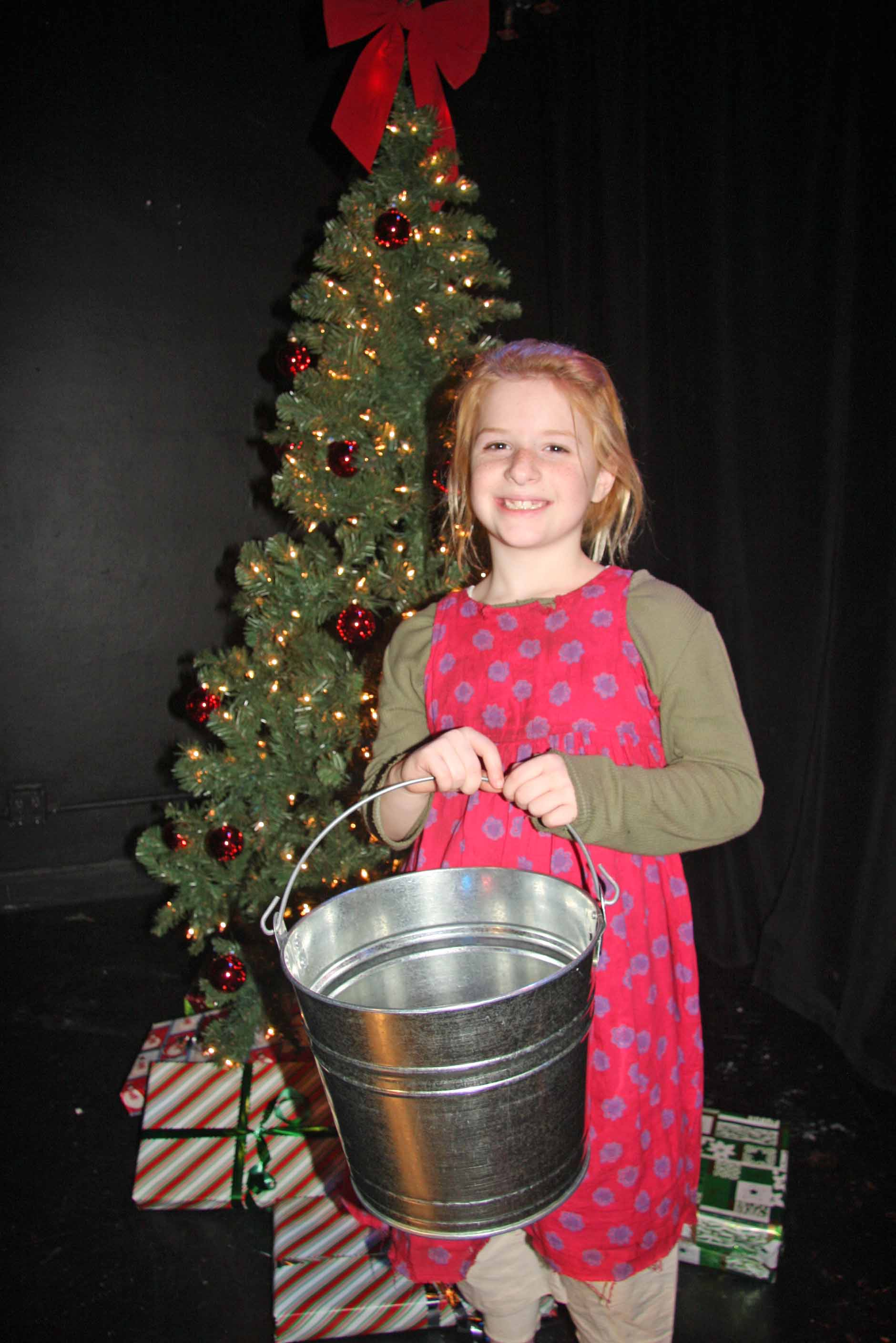 The Mueller Twins Kaitlyn Mueller Performs in Annie Musical in NYC