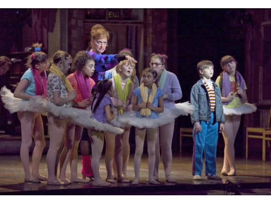 Billy Elliot - Ballet girls