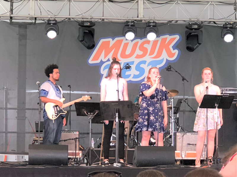 Musikfest stage cropped